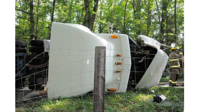 Tractor7.jpg_10562355.jpg