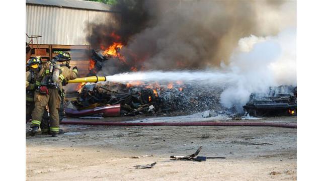 scrapyard-fire-028_10549149.jpg