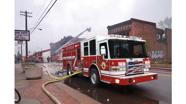 Pierce-Dash-CF-pumper.jpg_10468418.jpg