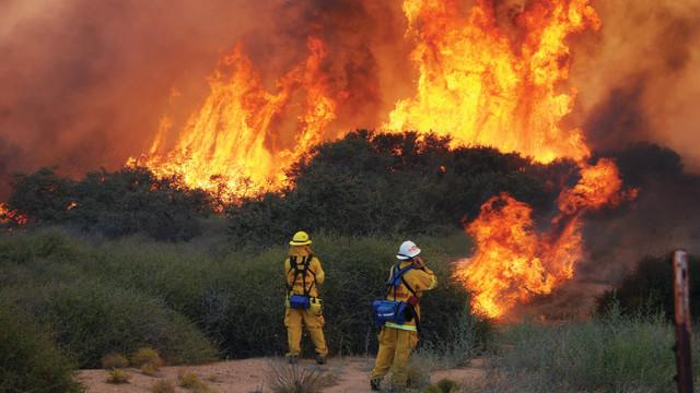 hotshots_1011_hillfire2_10358942.psd
