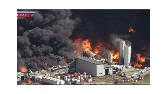 texaschemicalfire4.jpg_10460724.psd