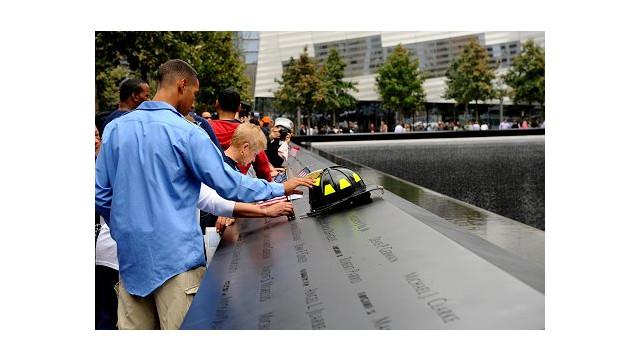 WTCMemorial3.jpg_10458090.jpg
