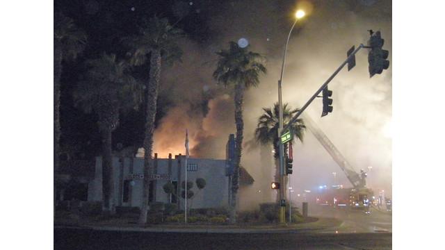 Las-Vegas-Commercial-Building-Fire-7.JPG