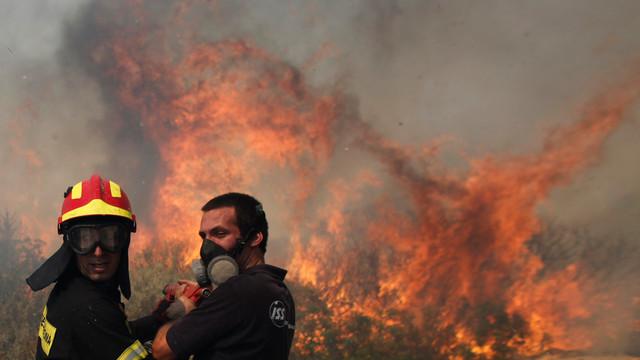 GreekWildfire.jpg_10730444.jpg