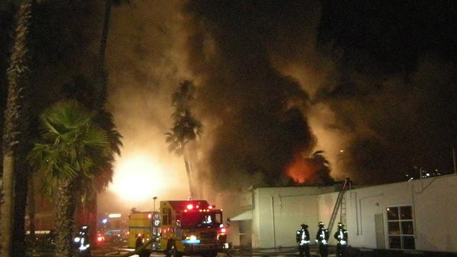 Las-Vegas-Commercial-Building-Fire-6.JPG