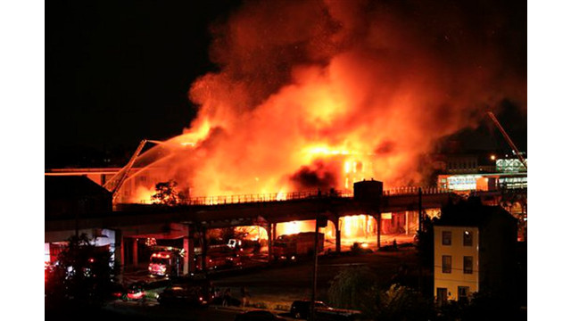 phillywarehousefire.jpg