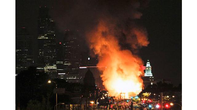 phillywarehousefire2.jpg