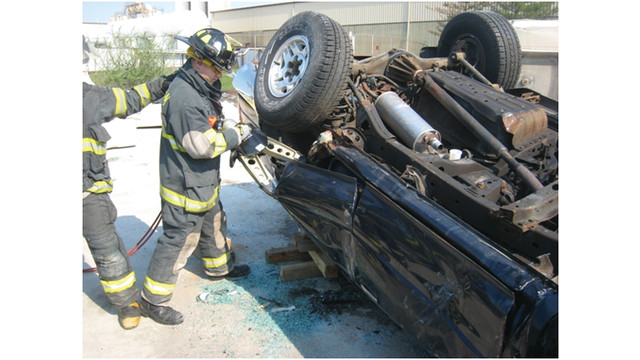 daley-extrication-skills-vehic_10772811.psd