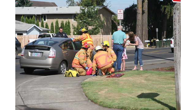 Oregon-Car-Crashes-Canby-House-1.JPG
