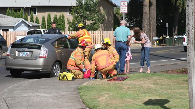 Oregon-Car-Crashes-Canby-House-1.JPG