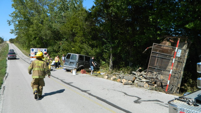 Southern-Stone-County-FPD-Accident-2.jpg