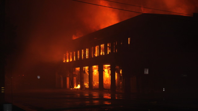 brawely-commercial-structure-fire-6.png