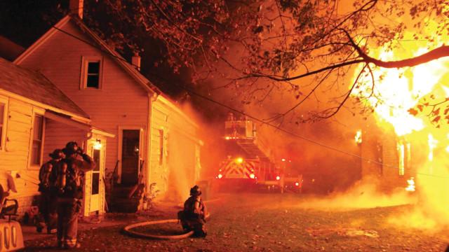 hotshots-12-12-100-4450_10818736.psd