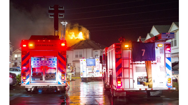 fort-worth-townhouse-fire-1.jpg
