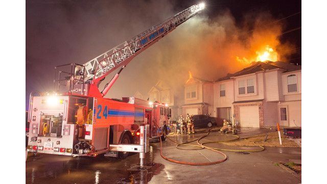 fort-worth-townhouse-fire-3.jpg