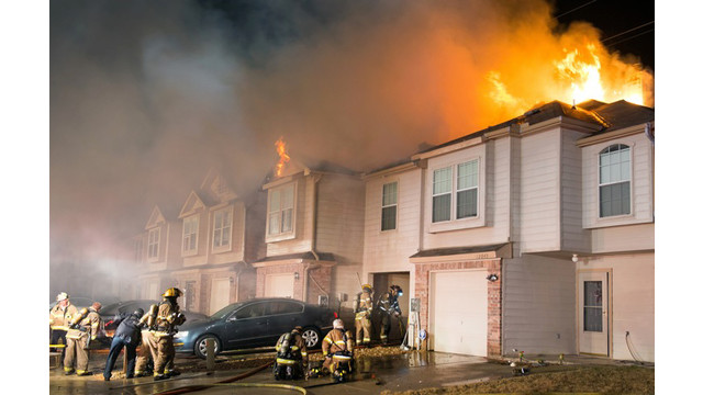 fort-worth-townhouse-fire-5.jpg
