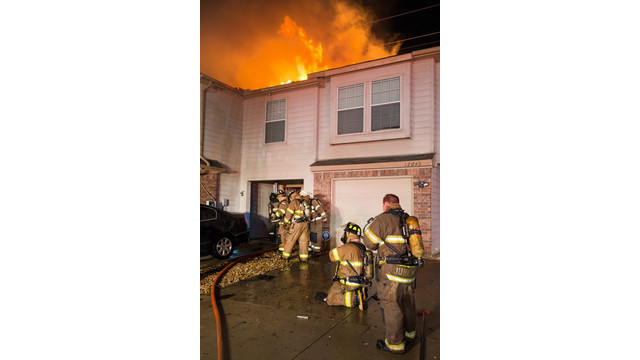fort-worth-townhouse-fire-6.jpg