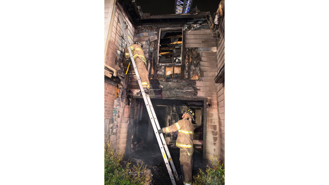 fort-worth-townhouse-fire-9.jpg