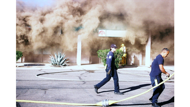 tuscon-strip-mall-fire-1.png