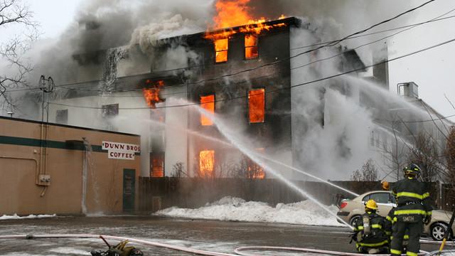 minneapolis-lake-street-fire-2.jpg
