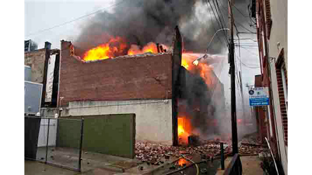 philly-warehouse-fire-3.jpg