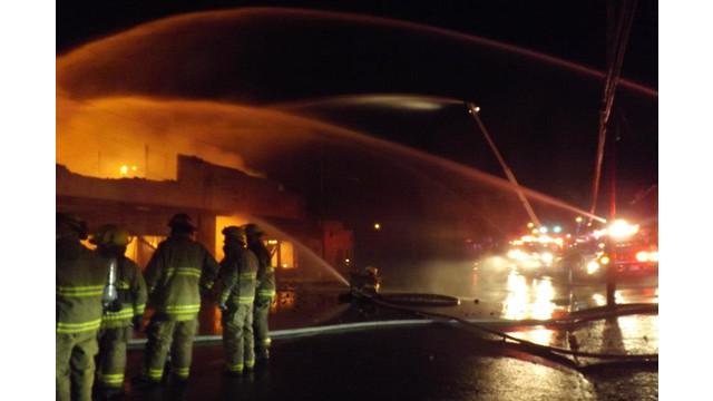 paris-warehouse-fire-2.jpg