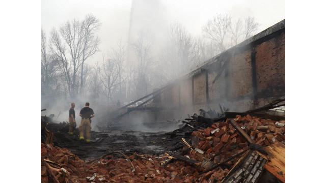 paris-warehouse-fire-3.jpg