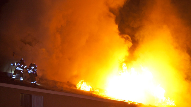 fullerton-apartment-fire-6.jpg
