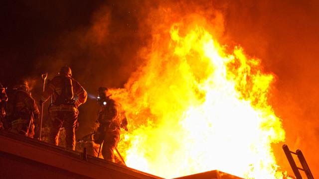 fullerton-apartment-fire1.jpg