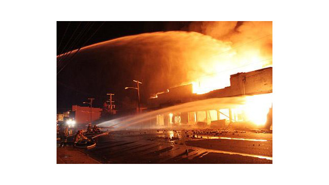 paris-warehouse-fire-2M.jpg