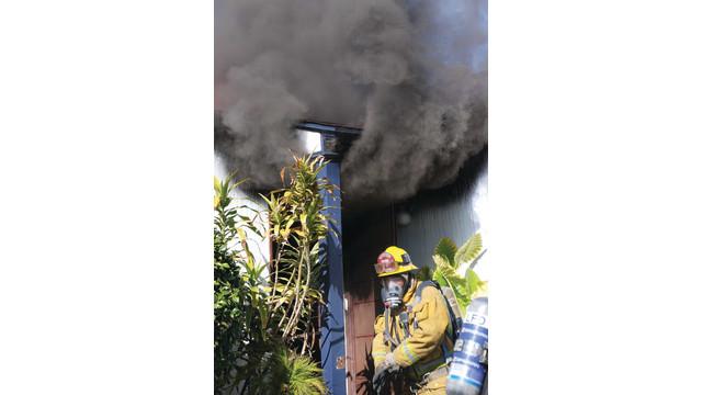 hotshots-4-13-house-fire4_10884860.psd