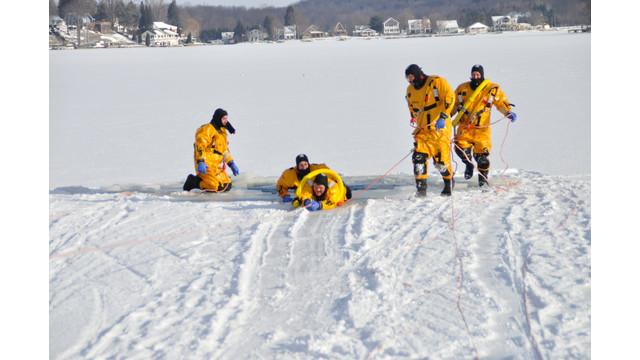 Machias-ice-rescue-training-2.png
