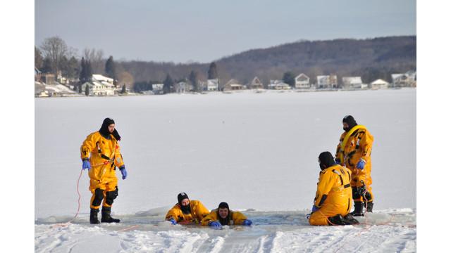 Machias-ice-rescue-training-1.png