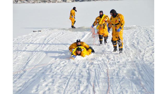 Machias-ice-rescue-training-3.png