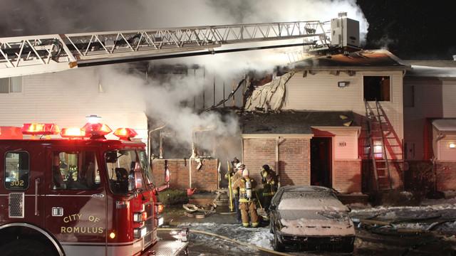 van-burn-apartment-fire-1.png