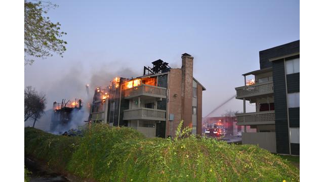 san-antonio-apartment-fire-8.png