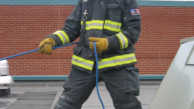 firefighter-roof-removal-10_10895367.psd