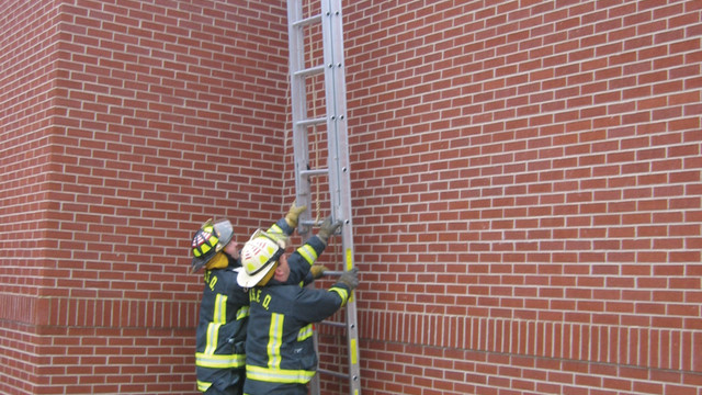 firefighter-roof-removal-8_10895366.psd