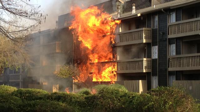 san-antonio-apartment-fire-4.png