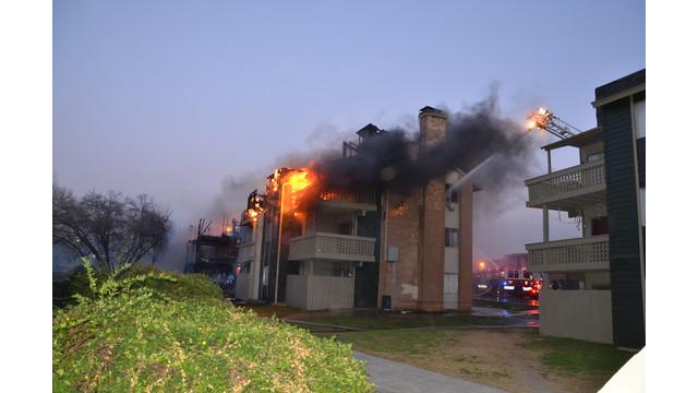 san-antonio-apartment-fire-9.png