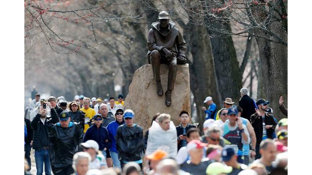 boston-marathon-explosion-24.jpg