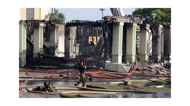 houston-fatalf-fire-14.jpg
