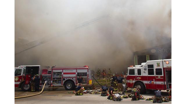 houston-fatalf-fire-8.jpg