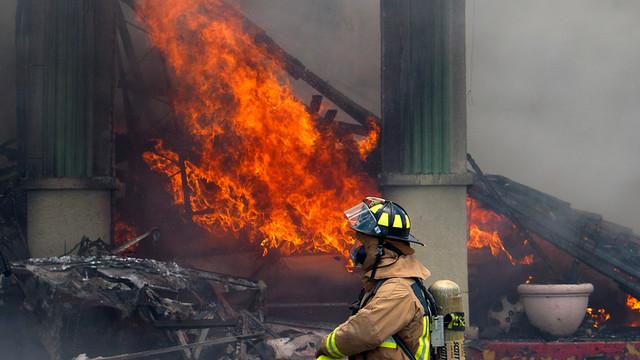 houston-fatalf-fire-2.jpg