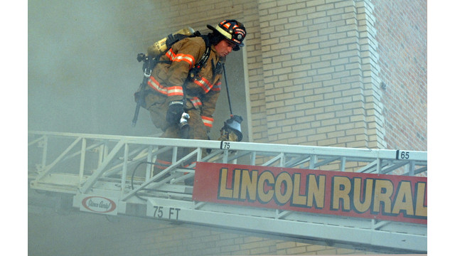 lincoln-sr-center-fire-firehouse-5.png