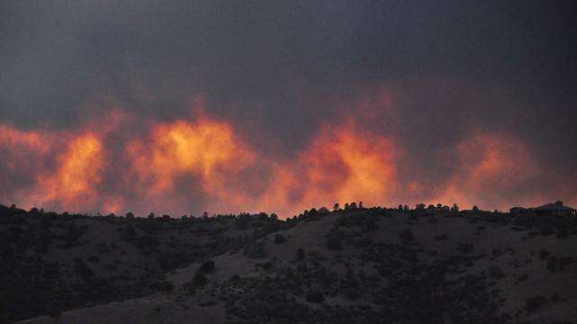 fire.jpg_10975356.jpg