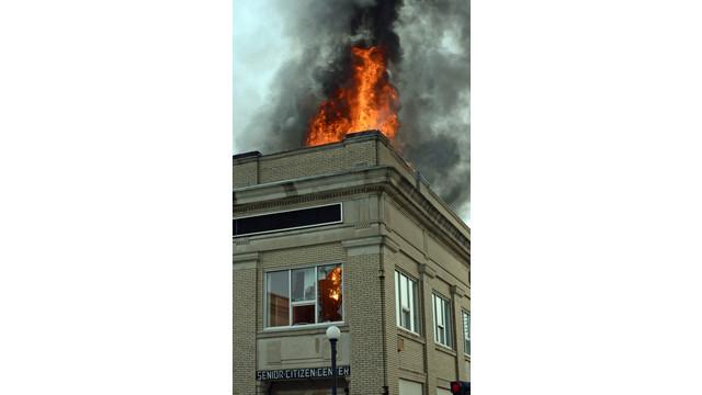 lincoln-sr-center-fire-firehouse-2.png