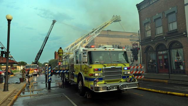 lincoln-sr-center-fire-firehouse-4.png
