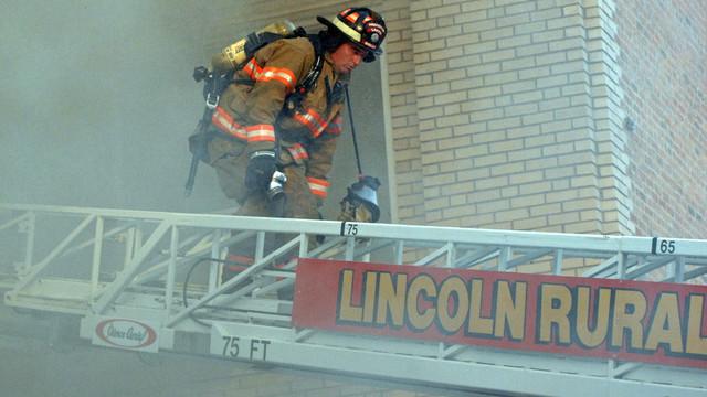 lincoln-sr-center-fire-firehouse-5.png