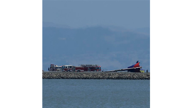 16b8ce4c-ee75-4c59-b6e1-20da25a6d390-San-Francisco-Airliner-Crash.sff.jpg
